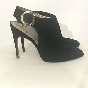 Sam Elderman black Suede Heels